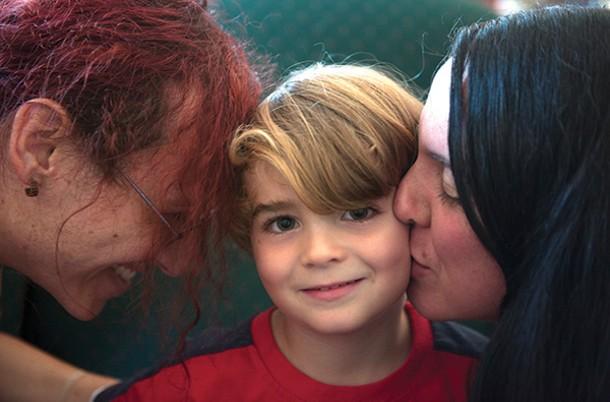 Amelia, Leo, and Clara Diamond at home in Kingston. - HILLARY HARVEY