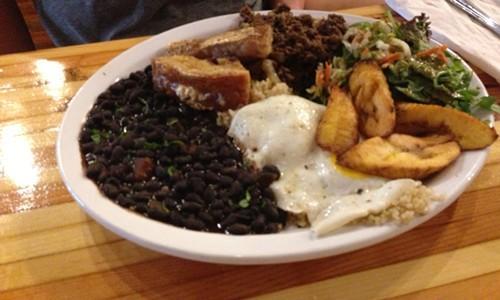 Columbian Plate
