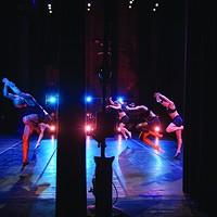 Portfolio: Roy Gumpel Ellen Sinopoli Dance Company members Louisa Barta, Maggie Ciambrone, Marie Klaiber, André Robles, Sara Senecal, Laura Teeter. Roy Gumpel