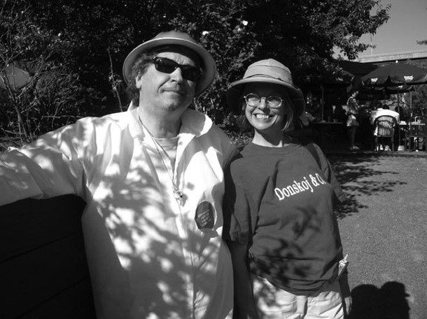 George and Nancy Donskoj at the 2007 Artists' Soapbox Derby. - NESTOR MADALENGOITIA
