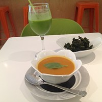 Get Juiced in Red Hook: Juices, kale chips & a healthy lunch