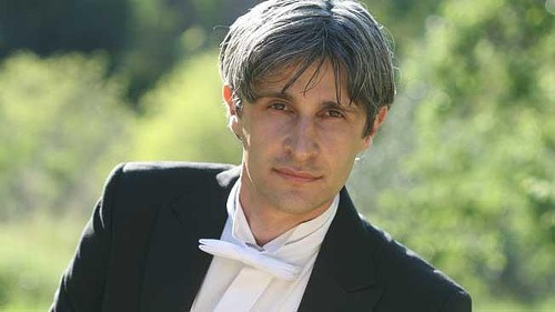Italian pianist Francesco Attesti