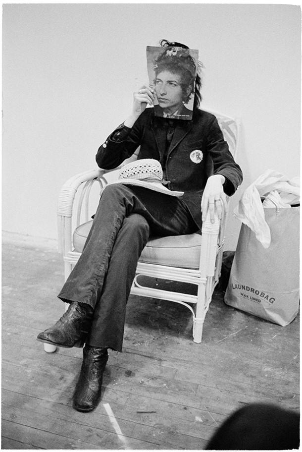 Laundrobag (Patti as Bob Dylan), early 1970s. - JUDY LINN