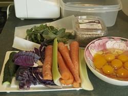 4c46f39d_ingredients_pet_food.jpg