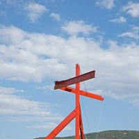 Storm King Art Center Mark di Suvero, Mother Peace, 1969-70, steel painted orange. Jerry L. Thompson