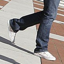 feet-walking2.jpg