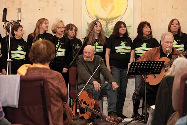 Pete Seeger and the Walkabout Clearwater Chorus at the Unitarian Universalist Congregation at Rock Tavern on January 19. - LISA KIMBALL
