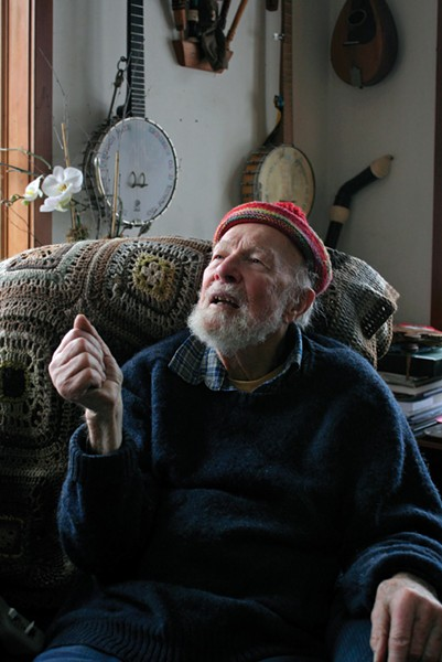 Pete Seeger at his home in Beacon - FIONN REILY
