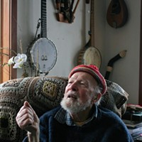 Pete Seeger Plays at Beacon Sloop Club Benefit