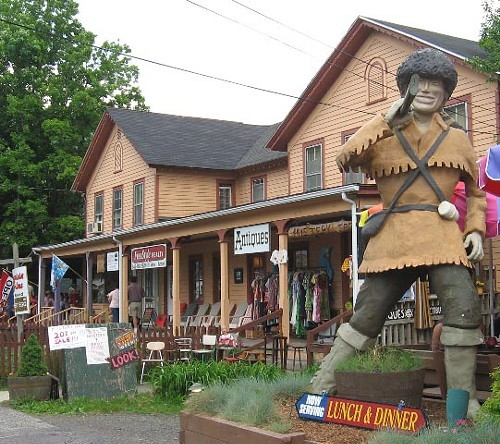 Phoenicias Davy Crockett statue, to be officially re-erected in front of Mystery Spot Antiques.