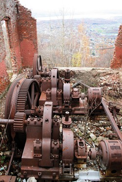 Photo of the powerhouse atop Beacon Mountain - EMIL ALZAMORA