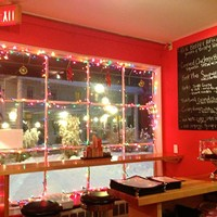 Yum Yum Noodle Bar in Woodstock: Hot Soup & Snow