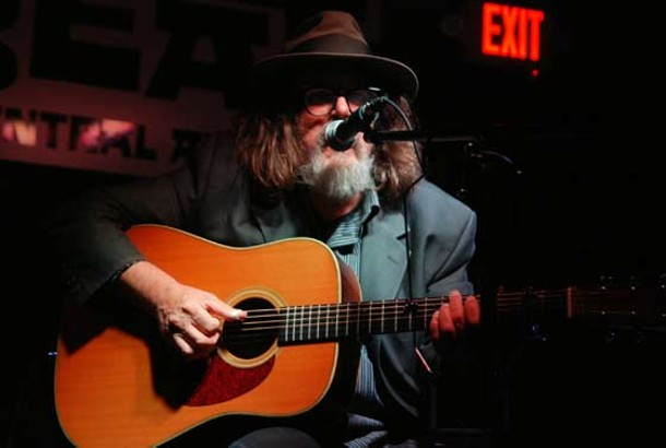 The singer-songwriter comes to the Low Beat on October 13.