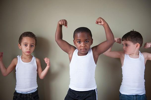 Logan, Judah and Iggy flexing - HILLARY HARVEY