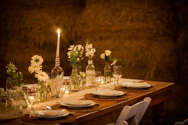 A barn wedding at Stone Tavern Farm. - AISLE WALK PHOTOS