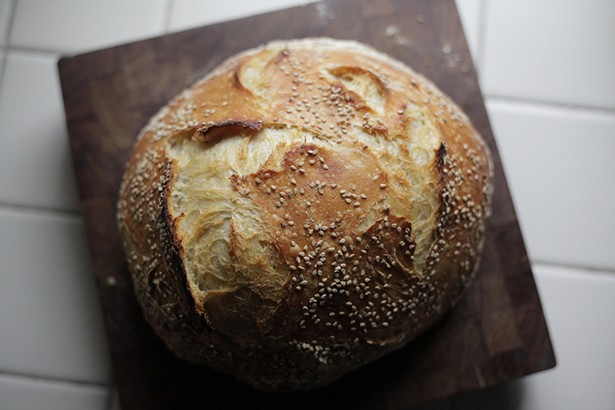 No-knead sesame sourdough bread - BEA RUE STUDIOS