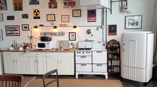 A restored Magic Chef stove. - IMAGES COURTESY OF BELGROVE APPLIANCE INC.