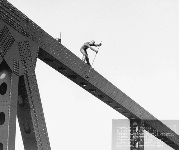 Repainting the Newburgh-Beacon Bridge in the early 1980s. The expanded north span of the bridge reopened on June 2,1984. - IMAGE COURTESY OF HISTORIC BRIDGES OF THE HUDSON VALLEY/ARCADIA PUBLISHING