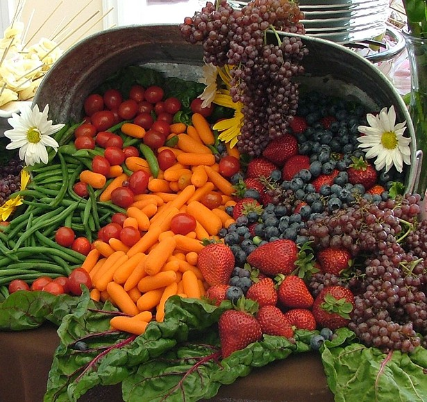 1088px-cornucopia_of_fruit_and_vegetables_wedding_banquet_cropped_.jpg