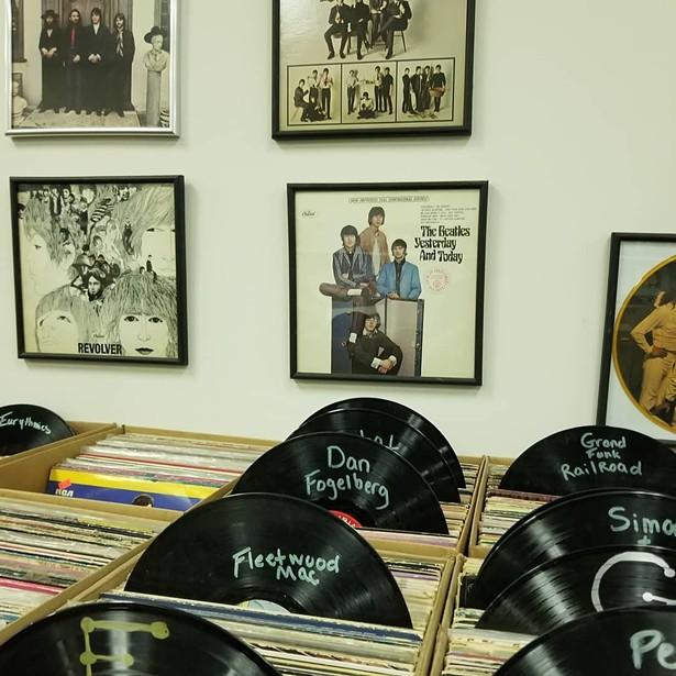 IMAGES COURTESY OF ORIGINAL VINYL RECORDS