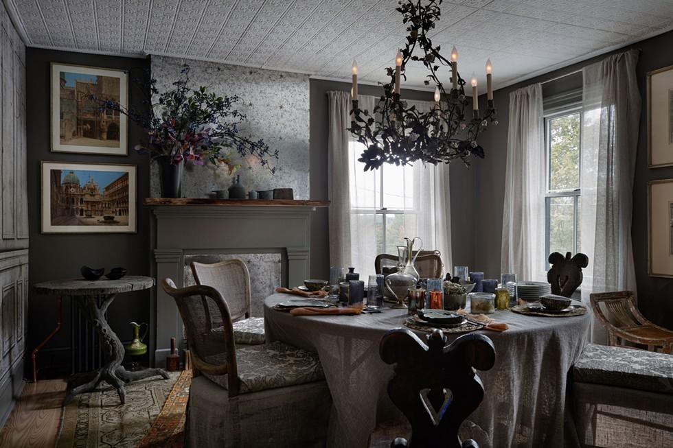 "Aude Bronson Howard, ABH Home Design. Murals | Castel ""Coordonnes"" | castelmaison.com - PHIL MANSFIELD"