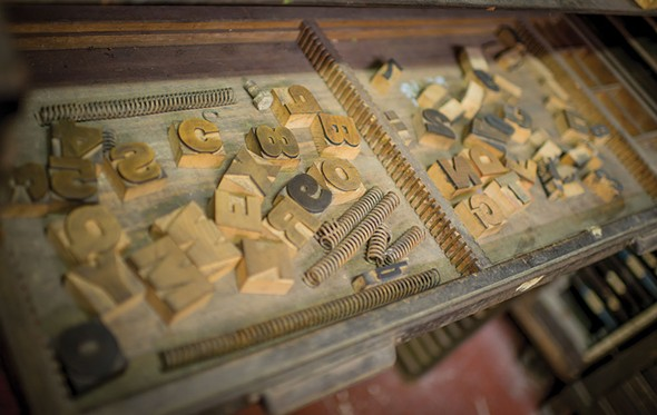 Wood type in the press room - CHRISTINE ASHBURN
