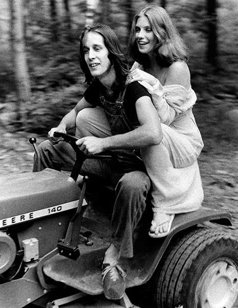 Todd Rundgren and Bebe Buell, Mink Hollow, summer 1975 - BOB GRUEN