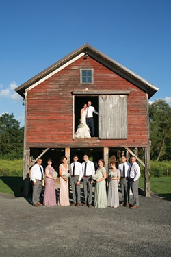 Wedding at Owl's Hoot Barn in Coxackie - JESSE TURNQUIST