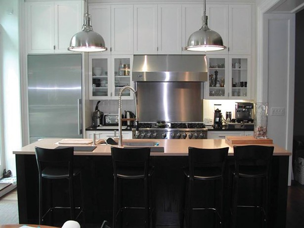 A custom kitchen design and renovation by WCW Kitchens.