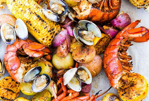 new-england-clambake-recipe-fp.jpg
