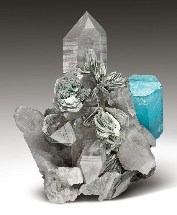 Aquamarine on Quartz, with Muscovite and Feldspar