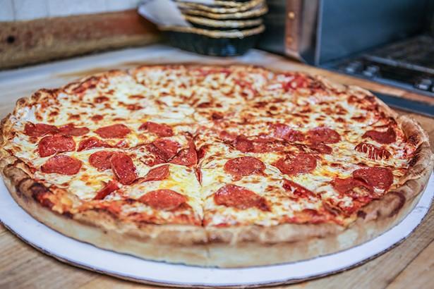 lunch_slice_pizza_hudson_valley.jpeg