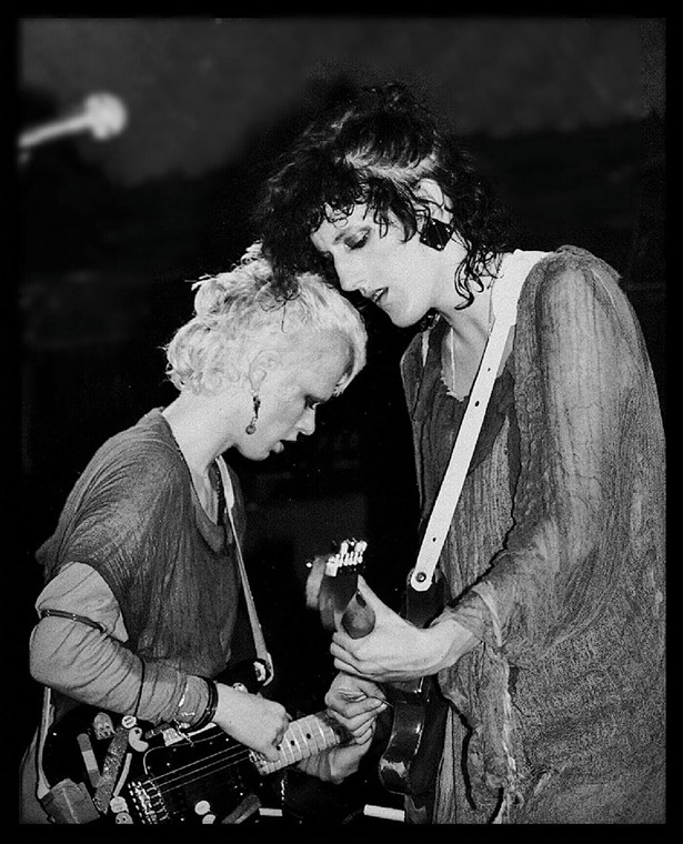Pat Place and Cynthia Sley of Bush Tetras in 1981. - LISA GENET