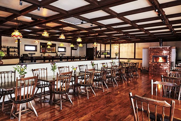 Binnekill Tavern was the Binnekill Square Restaurant for thirty years.  Calvert with his partners Phil Farinacci and Peter Botros renovated the existing space to create a modern tavern vibe, including installing a wood burning fireplace wrapped in copper.