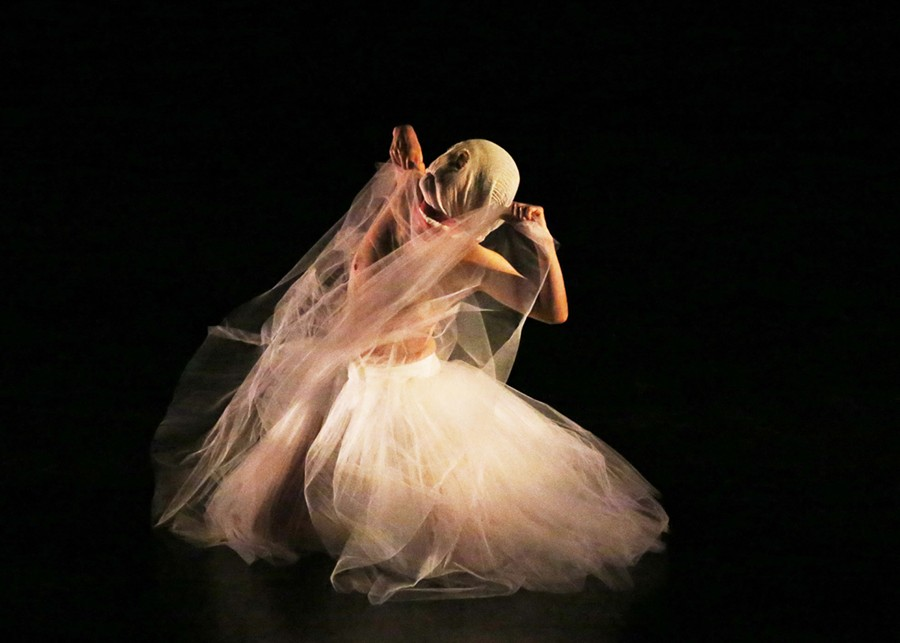 Miki Orihara, former Martha Graham Dance Company Principal performing at Kaatsbaan - PHOTO BY GREGORY CARY