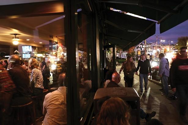 P&G's Restaurant & Bar. - PHOTO: ROY GUMPEL