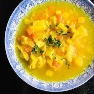 Paleo Mulligatawny soup, - COURTESY OF OLIVER WESTON CO.