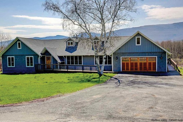 A Contemporary Catskill Ranch for Sale
