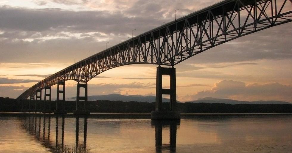 kingston-rhinecliff_bridge2.jpg