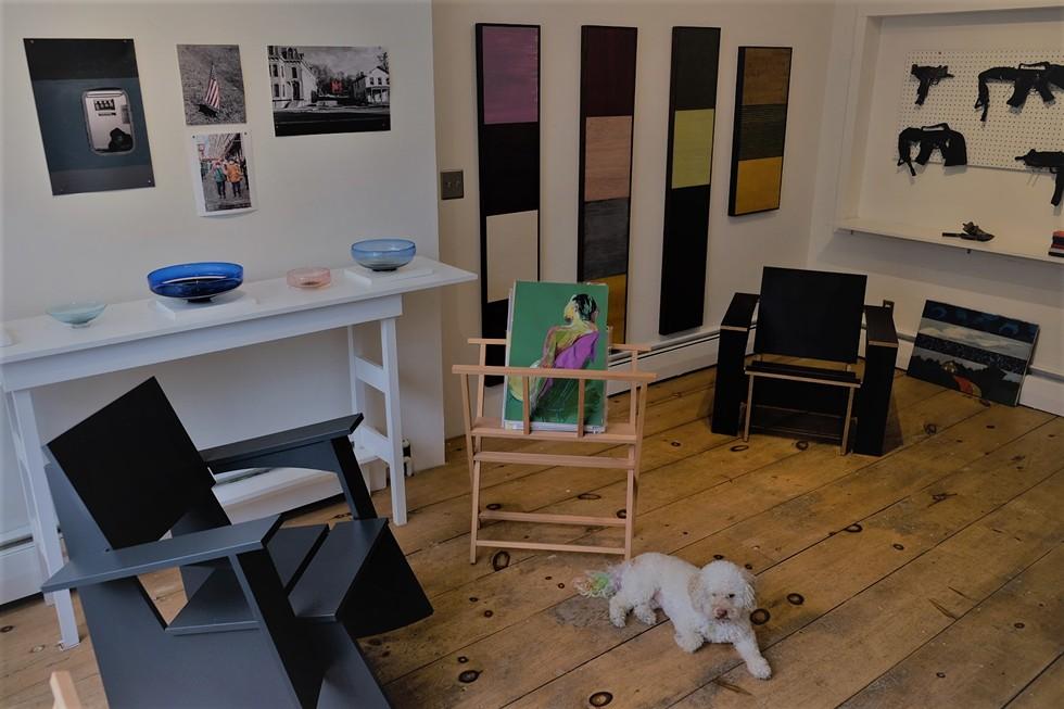 d_arcy_simpson_art_works_gallery_interior_photo.jpeg