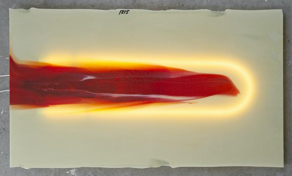 Mollie McKinley, Rubedo Blood Draw, 2021, sheet glass and neon, 1 x 35 x 21 in