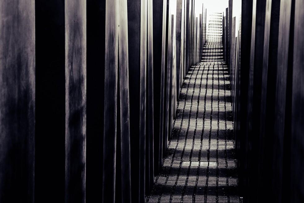 holocaust_memorial.jpg