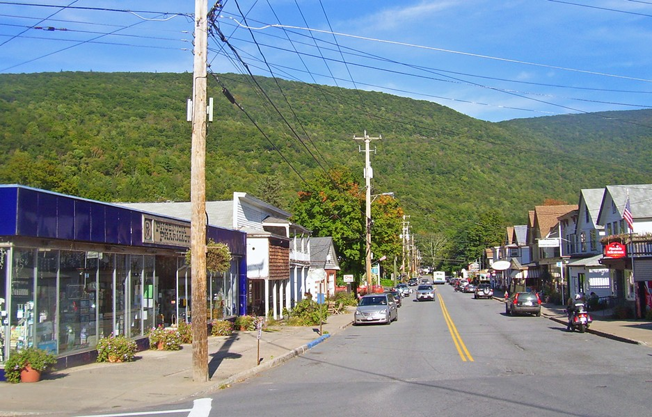 Looking east along Main Street from NY 214 towards Mt. Tremper, Phoenicia, NY, USA - PHOTO BY DANIEL CASE, COURTESY OF WIKIMEDIA, CC BY-SA 3.0