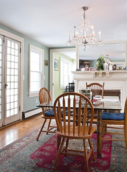 The home's dining room dates from the 19th century and offers views of the river and Catskills. Every room on the ground floor has a fireplace.