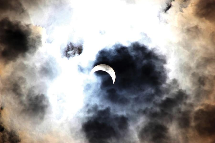 pw_christine-eclipse.jpg
