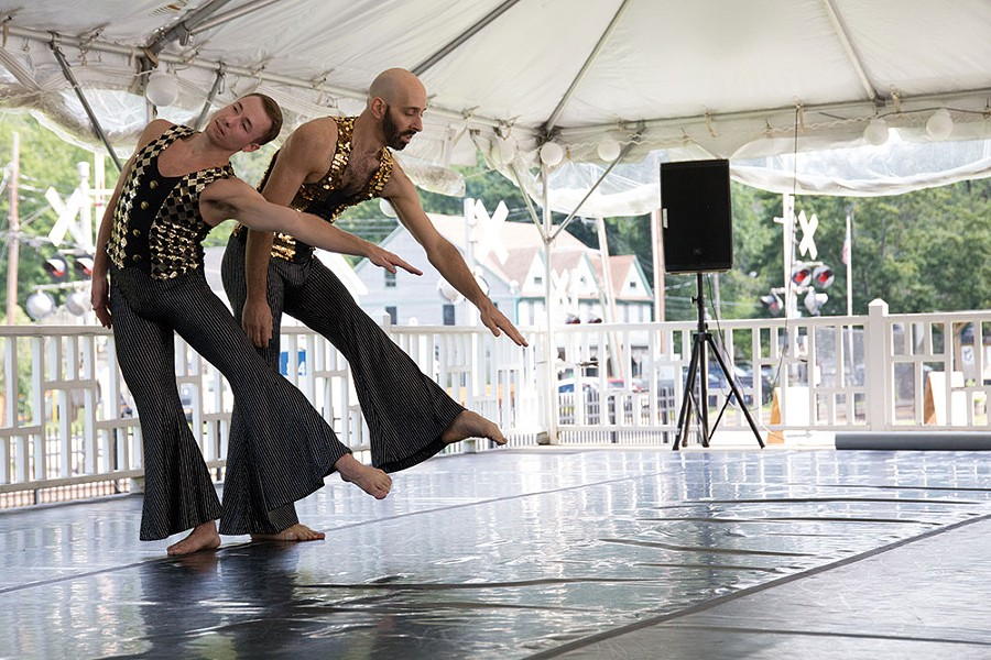 Daniel Gwirtzman Dance Company - TONY TURNER