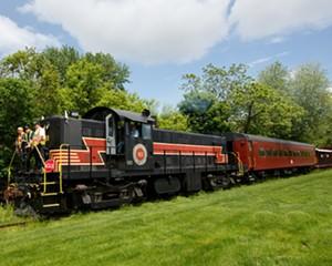 Seasonal Vintage Train Rides
