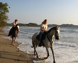 Horse back riders in Costa Rica