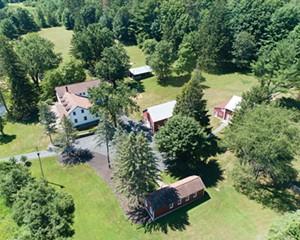 Clear Brook Farm: An Enchanting Catskills Compound