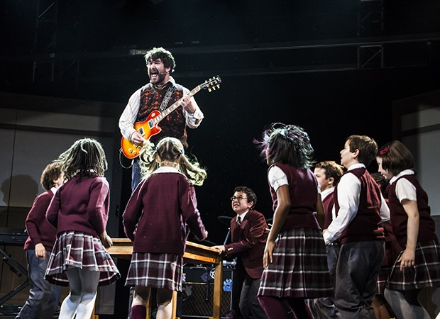 Alex Brightman and the cast of Broadways School of Rock